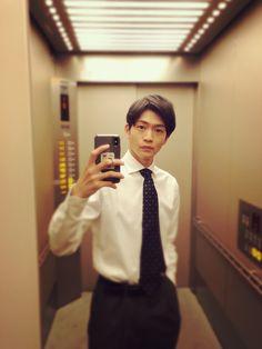 Japanese Men, Male Beauty, Actors, Beautiful, Guys, Sons, Boys, Actor