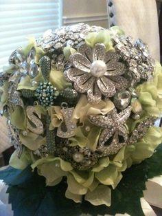 Brooch Bouquet DIY w/ Styrofoam ball instead of wire!
