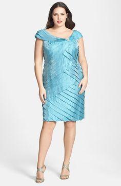 Plus size cocktail dresses london