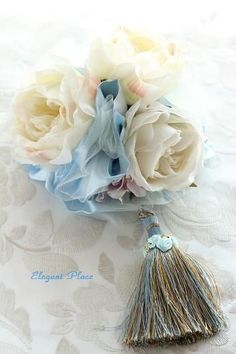 Lovely idea on how to embellish a tassel.