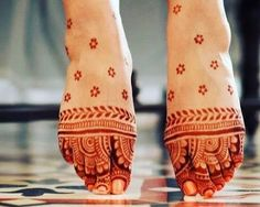 90 Beautiful Leg Mehndi Designs for every occasion Dulhan Mehndi Designs, Mehandi Designs, Basic Mehndi Designs, Henna Tattoo Designs Simple, Mehndi Designs For Girls, Bridal Henna Designs, Mehndi Design Images, Beautiful Mehndi Design, Latest Mehndi Designs
