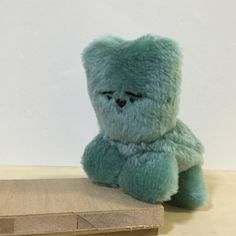 adorable (MERIYASU KATAOKA) Cute Teddy Bears, Little Doll, Vinyl Toys, Designer Toys, Cute Characters, Stop Motion, Plushies, Doll Toys, Cute Art