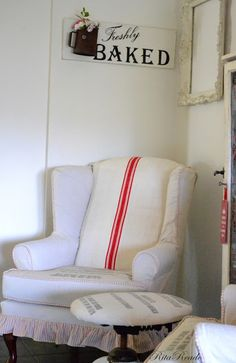 Mammabellarte: New Look .....  flour sack slipcover  red and white