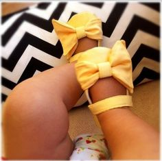 Adorable!!! @Elissa Eblin Eblin Eblin Pizza-Stratton I think baby Harper needs these :)