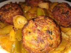 ΜΑΓΕΙΡΙΚΗ ΚΑΙ ΣΥΝΤΑΓΕΣ 2: Κεφτεδάκια με πράσα !!! Cookbook Recipes, Cooking Recipes, Tandoori Chicken, Baked Potato, Meat, Baking, Ethnic Recipes, Food, Greek Dishes