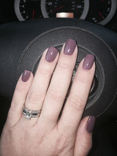Dusty plum short square nails