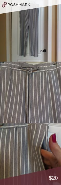 """209 WST Pants These gray-and-white striped trouser pants are great for travel. Made with 80% polyester and15%rayon and 5%spandex. Hand wash. They are soft and very comfortable. They have side pockets and back pockets as well. Gently worn twice and in excellent used condition. Measurements Waist side to side approx. 17.5"""" fabric will stretch Hips side to side approx. 21"""" Inseam approx. 31"""" Rise approx. 11"""" 🌸BUNDLE 2 ITEMS FROM MY CLOSET AND SAVE 15% 🌸 209 W S T Pants Trousers"""