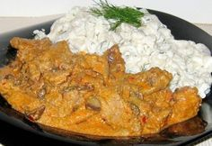 14 hibátlan tokány bőséges szafttal | NOSALTY Hungarian Cuisine, Hungarian Recipes, Hungarian Food, Meat Recipes, Stew, Bacon, Curry, Food And Drink, Chicken