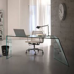The Penrose Desk Is A Luxurious Glass Desk By Italian Glass Expert Tonelli  Design And Designed By Isao Hosoe.