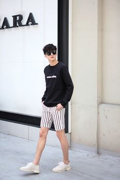 Korean Fashion Trends you can Steal – Designer Fashion Tips Korean Fashion Men, Asian Fashion, Boy Fashion, Mens Fashion, Fashion Outfits, Fashion Trends, Style Casual, Men Casual, Short Outfits
