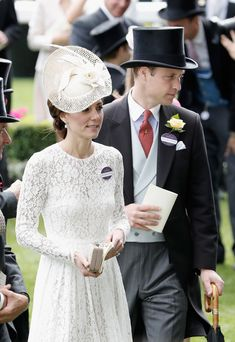 Kate Middleton Photos - The Duke and Duchess of Cambridge attend day 2 of Royal Ascot at Ascot Racecourse on June 15, 2016 in Ascot, England. - Royal Ascot 2016 - Day 2