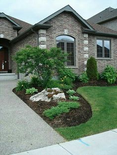 Best 25+ Front Yard Landscaping Ideas | Curb appeal, Factors and Yards