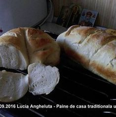 Paine de casa traditionala ungureasca   Savori Urbane Food And Drink, Bread, Cabana, Nasa, Bread Baking, Brot, Cabanas, Baking, Breads
