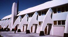 Pancho Guedes, um arquitecto de aparições (1925-2015) Modern Architecture, Opera House, 1, Building, Architecture, Architects, Buildings, Modern, Houses