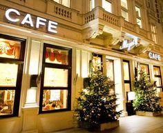 Café Mozart ::Das Café Mozart - bestes Kaffeehaus in Wien Vienna, Christmas Tree, Holiday Decor, Home Decor, Best Coffee Shop, Teal Christmas Tree, Decoration Home, Room Decor, Xmas Trees