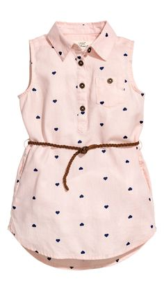 Sleeveless shirt dress in a soft, patterned cotton weave with a collar, button placket and chest pocket with a button. Detachable, braided imitation suede b Baby Girl Fashion, Fashion Kids, Toddler Fashion, Fashion Outfits, Little Girl Outfits, Baby Outfits, Kids Outfits, Baby Dress Design, Frock Design