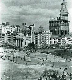 1928---Union Square, 14th St. The Consolidated Gas Company building, now Con Ed, the former S. Klein on the Square and the Union Square Bank. Photographers: Gottscho-Schleisner.
