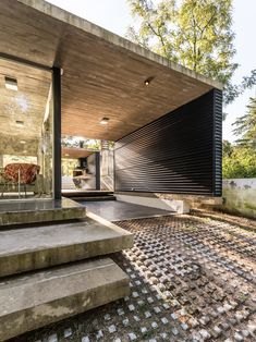 Suburban House in Argentina Opening Up to Mountain and Creek Views is part of Architecture house - Located in Alta Gracia, Argentina, the Suburban House by STC Arquitectos is a modern residence that evokes its surroundings and local history Concrete Architecture, Residential Architecture, Amazing Architecture, Contemporary Architecture, Interior Architecture, Fashion Architecture, Suburban House, Design Exterior, Villa