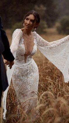 Wedding Dress Trends, Gorgeous Wedding Dress, Wedding Dress Styles, Dream Wedding Dresses, Bridal Dresses, Beautiful Dresses, Sheath Wedding Dresses, Fall Wedding Gowns, Bohemian Wedding Dresses