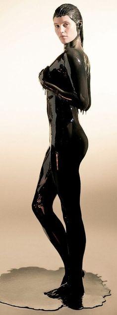 Actress: Gemma Arterton Nationality: English Bond Movie: Quantum of Solace (2008) Bondgirls Bond girls