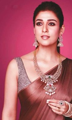 Nayanthara Insta naughty actress cute and hot tollywood plus size item girl Indian model unseen latest very beautiful and sexy bollywood wed. Diamond Necklace Set, Diamond Jewelry, Ruby Jewelry, Sonam Kapoor, Deepika Padukone, Nayanthara In Saree, Nayanthara Hairstyle, Bollywood Jewelry, Saree Look