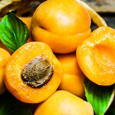 14 Health Benefits Of Apricots, According To Science #health #wellness #nutrition
