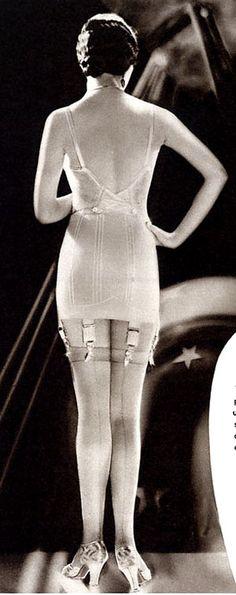 1920's undergarments