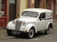 Renault Juvaquatre fourgonette