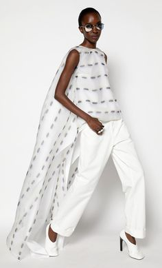 Fashion Silhouette, Style Casual, White Outfits, Spring Outfits, Nice Dresses, Women Wear, Fashion Design, Fashion Trends, Textiles