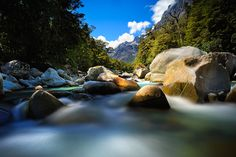 Tutoko Valley, Milford Sound, New Zealand