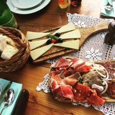 Restaurant, Travelling, Europe, Yummy Food, Eat, Food Trip, Croatia, Side Plates, Easy Meals