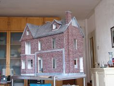 Miniature House: From kit to house
