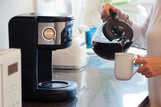 There are many things to consider before buying drip coffee maker best, most… Best Drip Coffee Maker, Best Coffee, Coffee Type, Coffee Pods, Expensive Coffee Machine, Coffee Vending Machines, Coffee Machines, Filter Coffee Machine, Fresh Coffee Beans