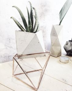 Large octahedron on