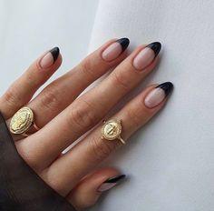 Chic Nails, Stylish Nails, Swag Nails, Neutral Nail Designs, Neutral Nails, Beige Nail, Black Nail Designs, Almond Nails Designs, Nagel Hacks
