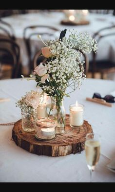 Dreamlike wedding table decoration ideas for your wedding planning - Wedding table decor ideas – rustic decoration Informations About Traumhafte Hochzeitstischdeko Ide - Dream Wedding, Wedding Day, Table Wedding, Wedding Rustic, Rustic Weddings, Barn Wedding Flowers, Wedding Favors, Round Wedding Tables, Wedding Table Centres