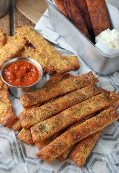 Crunchy has never been so easy with these #Keto Breadsticks! Shared via www.ruled.me/