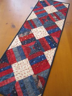 Quilted Table Runner Patriotic by Patchworkmountain.com