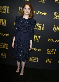 Emma Stone en Michael Kors Collection de la collection printemps-été 2017 à la soirée Hollywood Foreign Press Association and InStyle's Celebration of the 2017 Golden Globe Awards Season à Hollywood