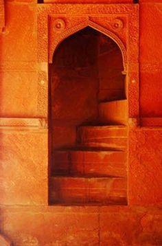 Orange is the New Black, Moroccan doorway, MOrocco, orange doorway, ornate details Orange Aesthetic, Aesthetic Colors, Jaune Orange, Orange You Glad, The Doors, Stairway To Heaven, Orange Crush, Orange Is The New Black, Happy Colors
