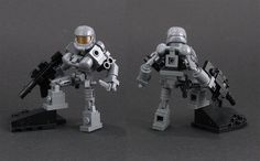 LEGO Halo-type action figure by Larry Lars