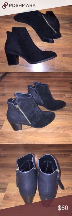 ankle boots black ankle boots. never worn. NWOT Shoe Dazzle Shoes Ankle Boots & Booties