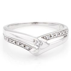 <li>White diamond wedding ring</li> <li>14k white gold jewelry</li> <li><a href='http://www.overstock.com/downloads/pdf/2010_RingSizing.pdf'><span class='links'>Click here for ring sizing guide</span></a></li>