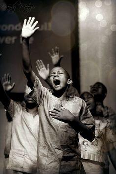 True Praise. Daraja Children Choir of Africa   Brandy Metzger