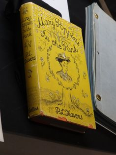 Treasures of the Walt Disney Archives includes items from the movie Mary Poppins as well as the world premiere. These items were viewed at the Expo in Mary Poppins Book, Mary Poppins 1964, Disney Fun, Disney Style, Disney Movies, Nerd, Writers, Books, Disney Films