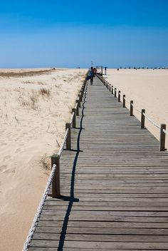 Figueira da Foz - path to the Atlantic