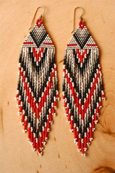 Red Accent Earrings by rellendemp on Etsy,#beadwork