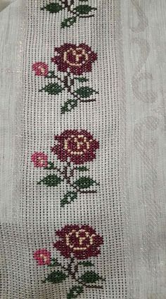 Cheap Christmas, Prayer Rug, Baby Knitting Patterns, Embroidery Stitches, Cross Stitch Patterns, Rugs, Crochet, Floral, Cross Stitch Rose