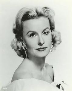 Dina Merrill December 1925 (age New York City Hollywood Icons, Hollywood Fashion, Vintage Hollywood, Hollywood Glamour, Hollywood Actresses, Classic Hollywood, Hollywood Style, Beautiful Celebrities, Beautiful Actresses