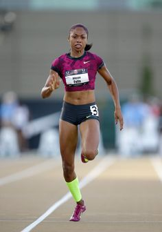 Allyson Felix Photos - Allyson Felix competes in the women's 100 meter dash preliminaries during day 2 of the USATF Outdoor Championships at Hornet Stadium on June 2014 in Sacramento, California. Athletic Models, Athletic Women, Athletic Fashion, Running Pose, Lebron James Basketball, Track Pictures, Allyson Felix, Beautiful Athletes, Sporty Girls